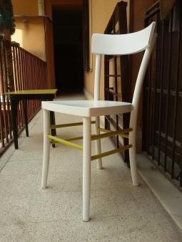 Sedia rivisitata bianco e verde