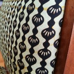 Seduta Bernadette: dettaglio tessuto wax